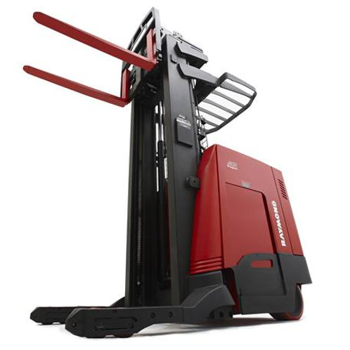 Toyota Single Reach Truck 1588kg to 2041kg (Get a Quote)