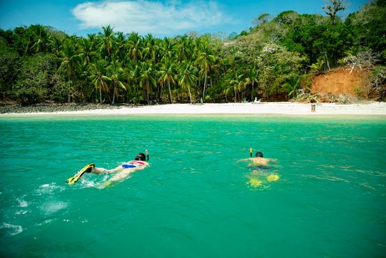 Isla Palenque-Snorkelling.jpg