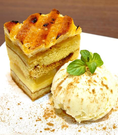 アップルパイ&バニラアイスクリーム