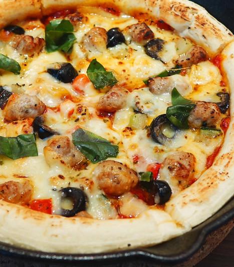 イタリアンソーセージのピッツァ.jpg