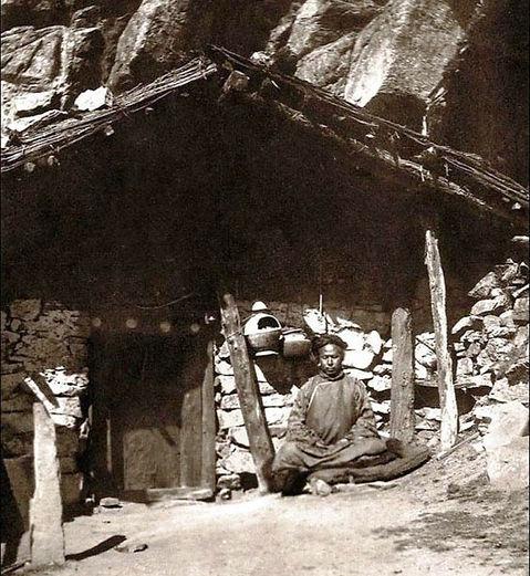 Lama Lachen Gomchen Rinpoche.jpg