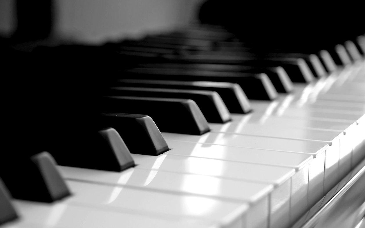 piano back drop.jpg