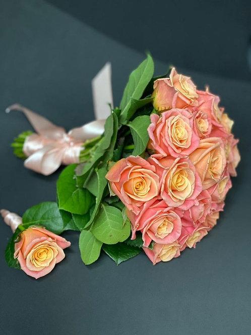 Букет невесты, комплект из роз 443
