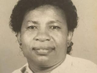 Lois Rosine John