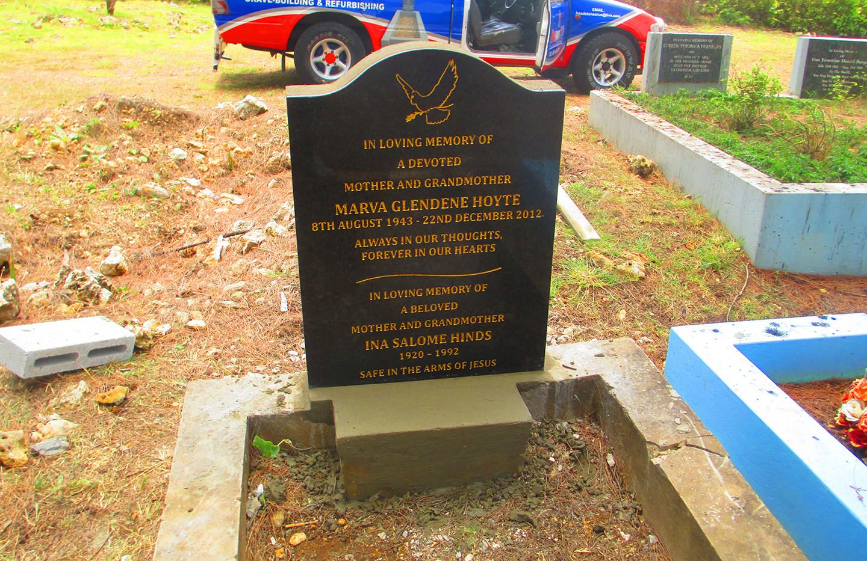 headstone installation4.jpg