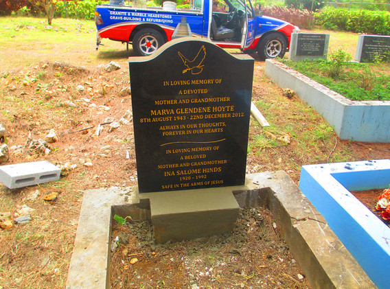 headstone installation4.jpg