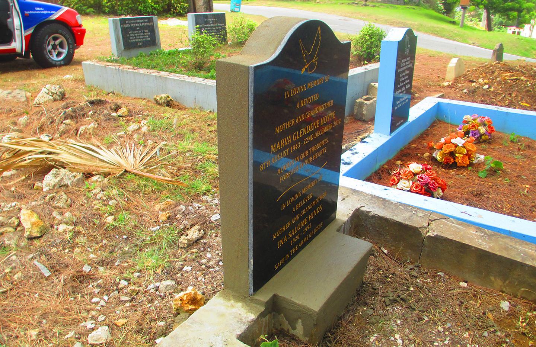 headstone installation5.jpg