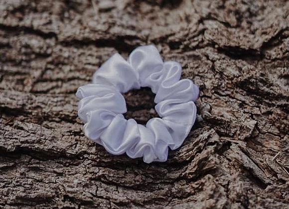Pearl Silk Scrunchie