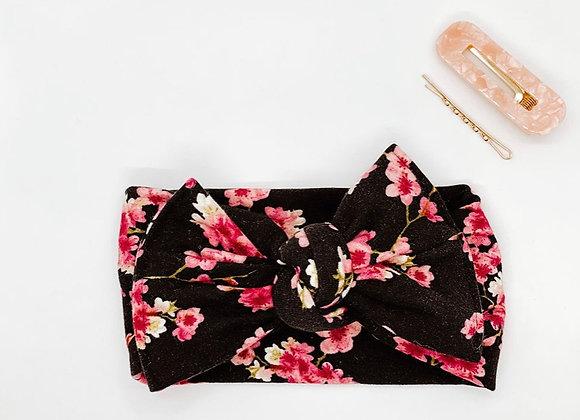 Black & Pink Cozy