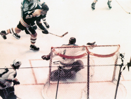 NHL Legend Bobby Orr Discusses Seasonal Sport