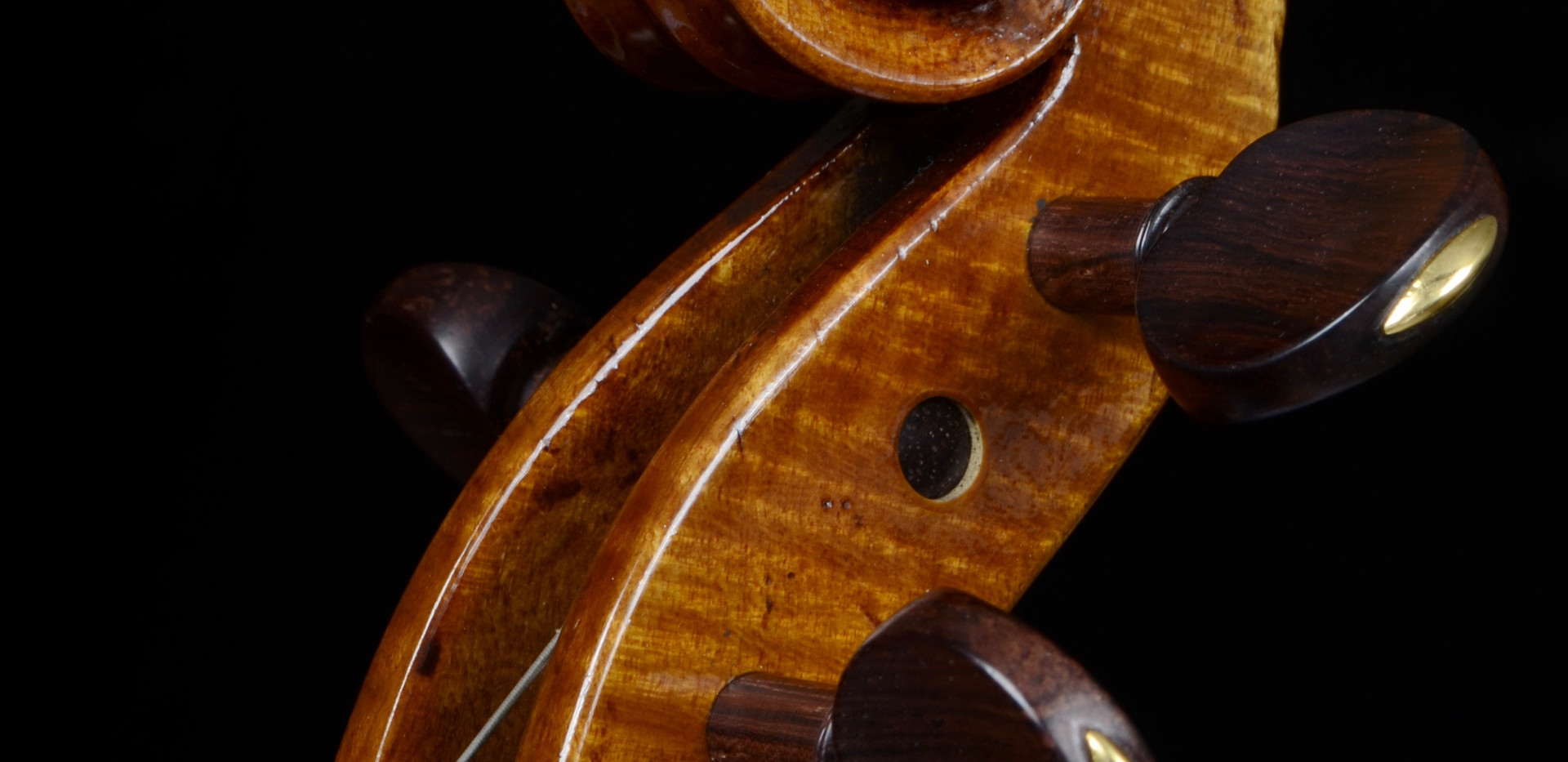 Scroll detail, violin made by Mark Jennings C2016