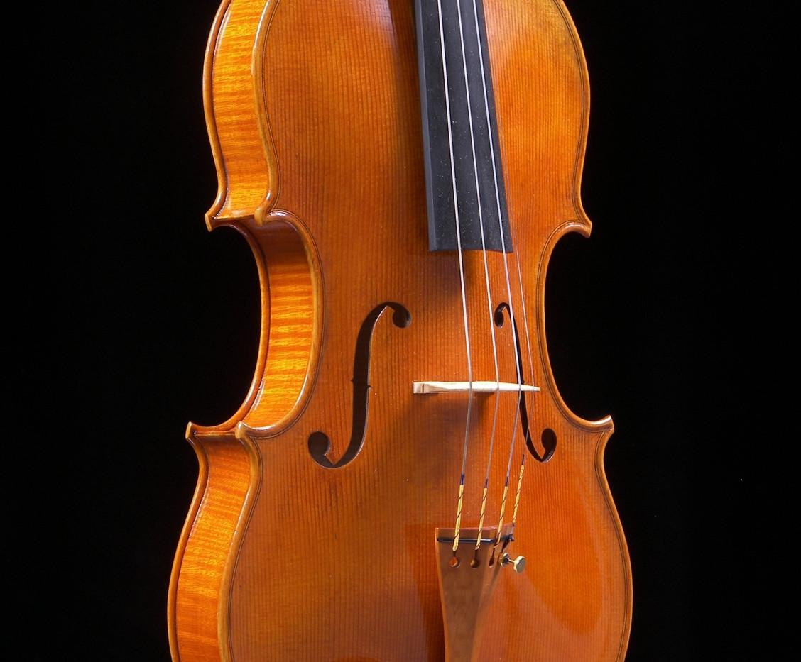 Viola made by Mark Jennings
