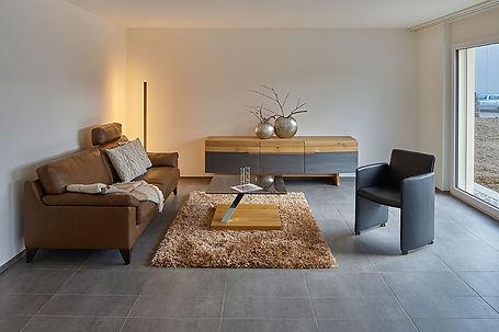 wohnzimmer-modernes-MFH_Brügger_Spiez.jp