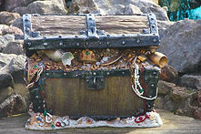 chest-4051166_1920.jpg