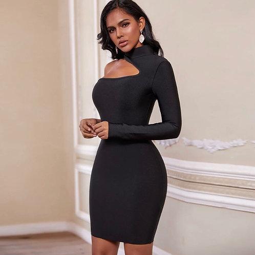 Nia in black