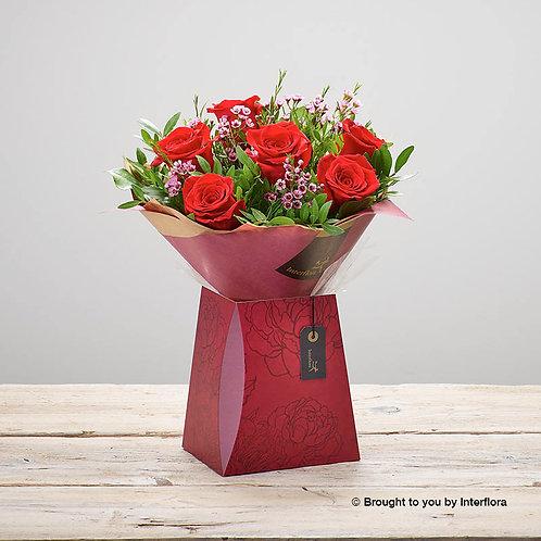 Scarlet Kisses Gift Box