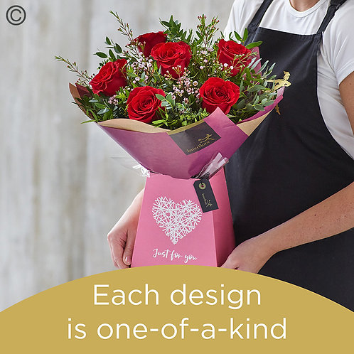 Valentine's gift box made with premium roses