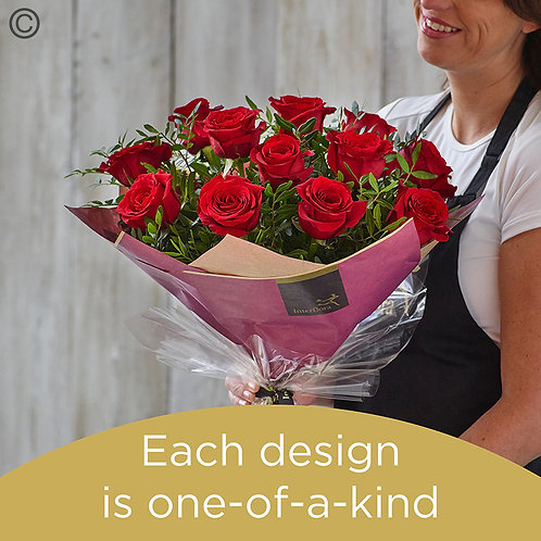 Valentine's 12 red rose hand-tied made with premium roses