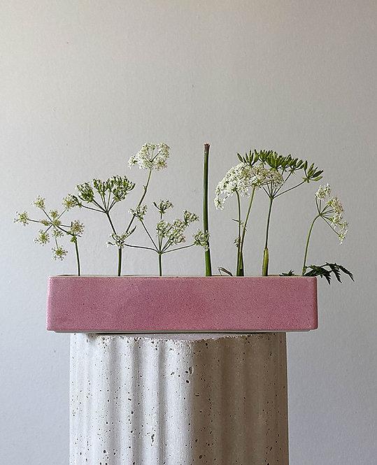 ancien vase pique fleurs porcelaine rose