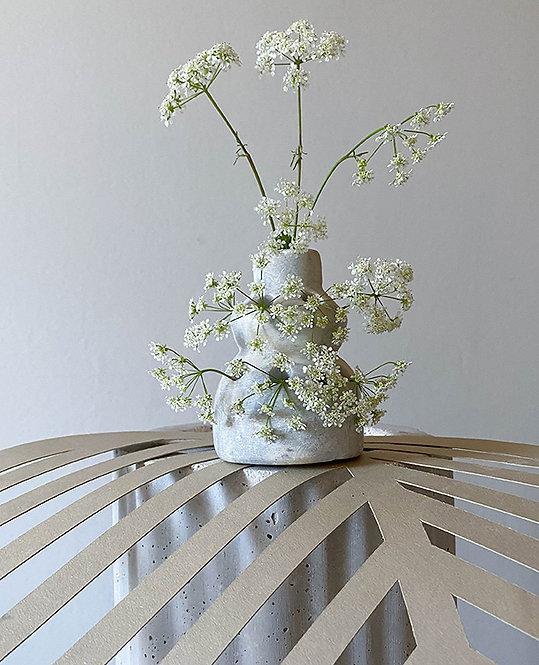 pique fleurs ancien marbre