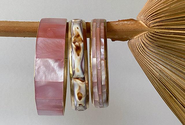 bracelets joncs laiton nacre rose vintage