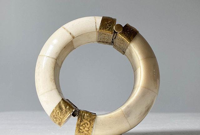 bracelet manchette os ivoire et laiton | hier store
