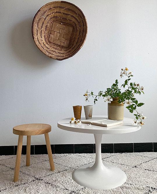 table basse ronde pied tulipe | vintage 70 lovmint