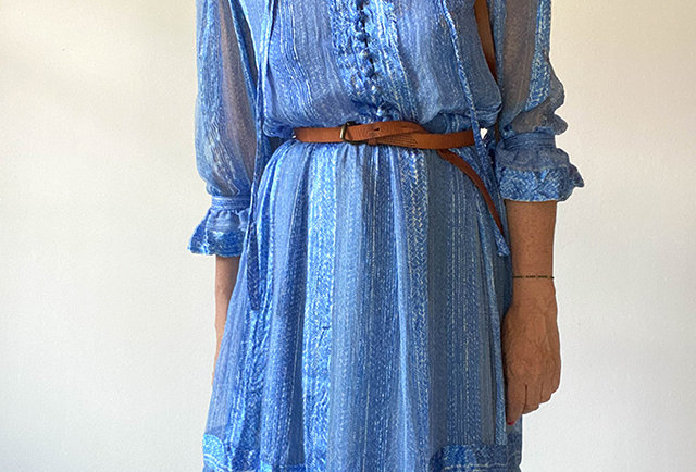 robe vintage soie bleu volants | hier store
