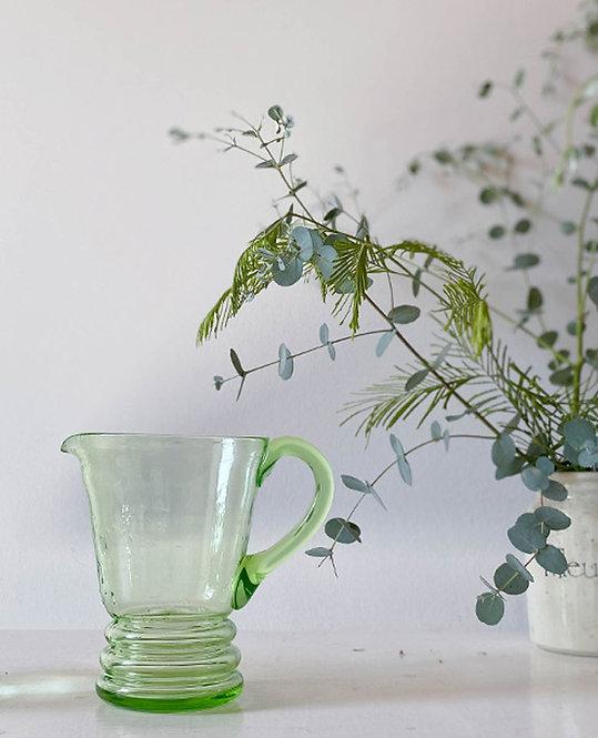 ancien pichet eau verre vert fluo