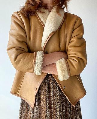 blouson vintage peau lainee beige taille 36.jpg