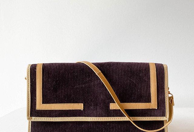 sac pochette vintage en cuir et velours côtelé   hier store