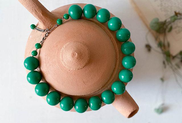 collier perles vert vintage