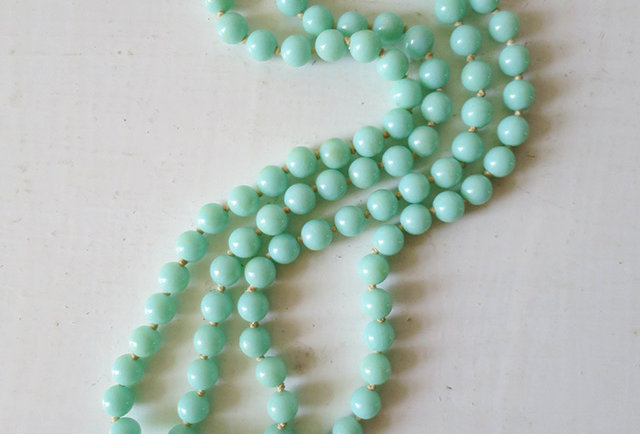 collier vintage perles vert mint