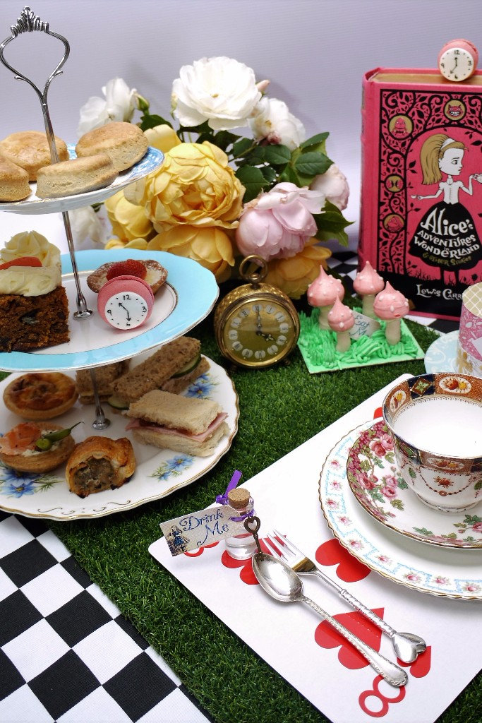mad hatter tea party table layout.jpg