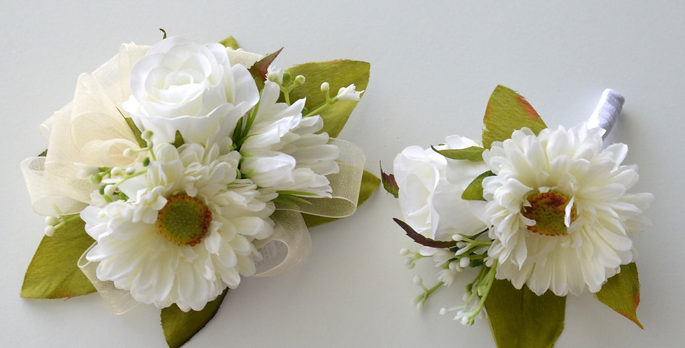 White Daisy & Rose School Ball Wrist Corsage & Buttonhole
