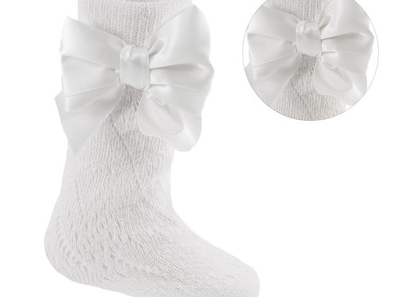 White pelerine knee socks