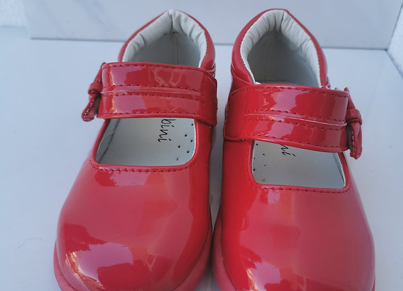 Red bow plain