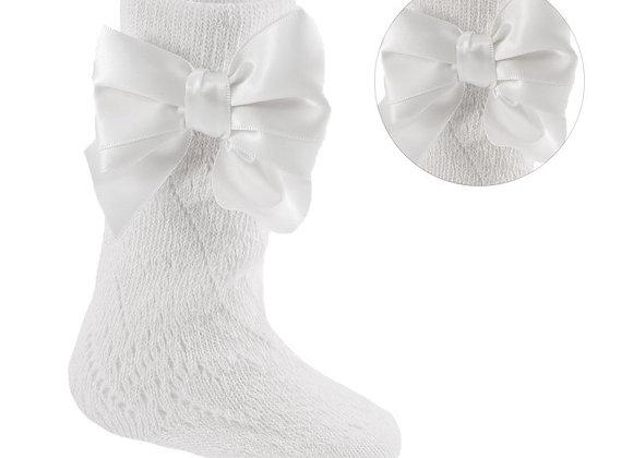 White baby pelerine knee socks