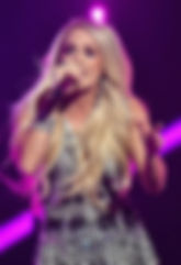 Carrie-Underwood-946724118.jpg