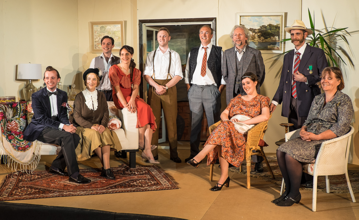 "Full cast ""And then there were none"""