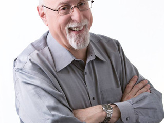 Walt Mossberg to keynote Digital Book World 2018