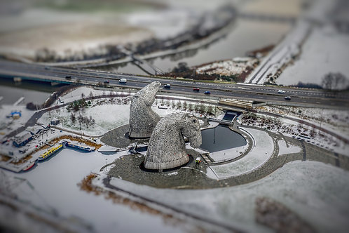 Kelpies winter tilt shift
