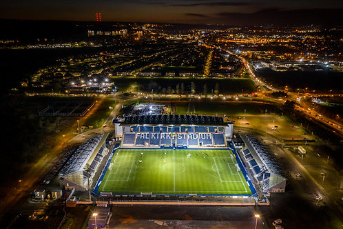 Falkirk Stadium at night 2