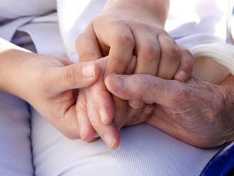 Cuidado personal y domiciliario, un servicio que ya no va más en la Nueva EPS