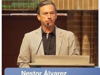 Cómo pasar de la queja a la participación: conferencia Néstor Álvarez