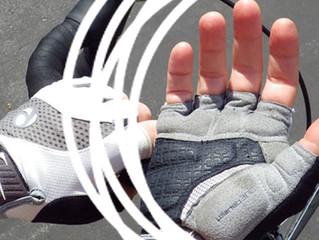 Dormência nas mãos dos ciclistas