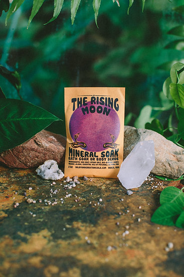 Bad Moon Mineral Salt Soak / Scrub