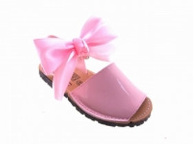 Angelitos Pink Patent Bow shoes