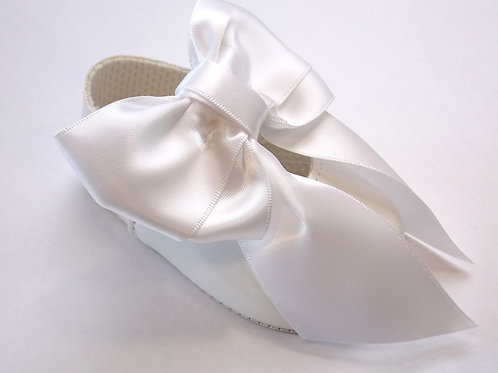 Large Bow white pram shoes