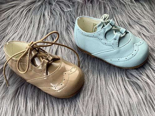 Leo tie shoes